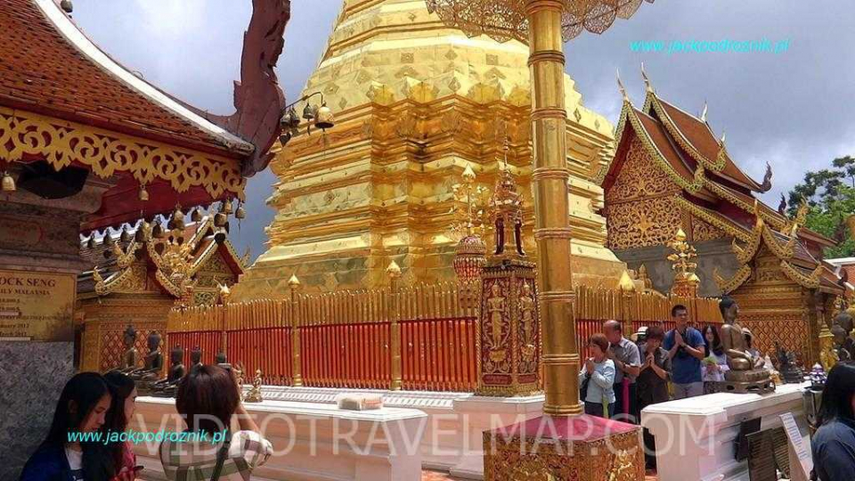 Wat-Phra-That-Doi-Suthep-17